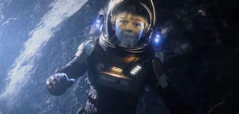 Lost In Space lost in space netflix reboot trailer release date cast