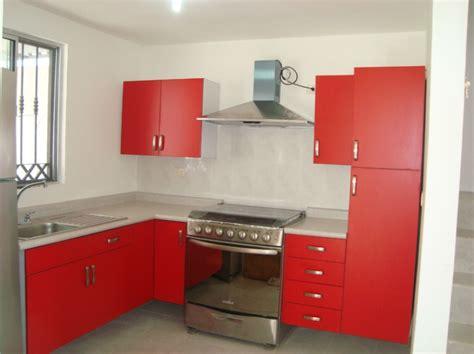 cocina blanca encimera roja foto cocina roja de cocinas y closets valle 67793