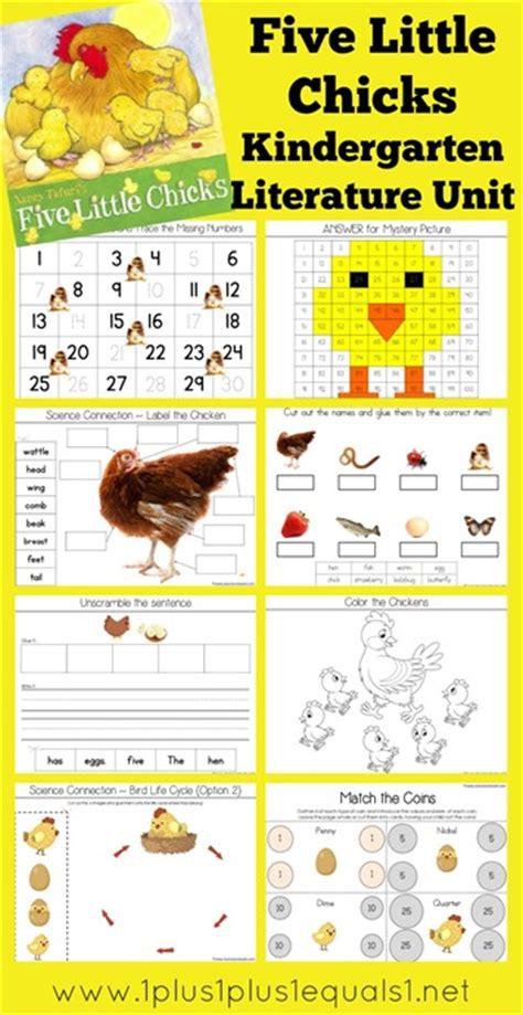 literature themes for preschool free five little chicks k literature unit study free