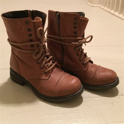 49 steve madden shoes steve madden boots size 6 5 from s closet on poshmark