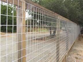 4x4 trellis 4x4 hog panel mesh on 4x4 posts and kickboard by arbor