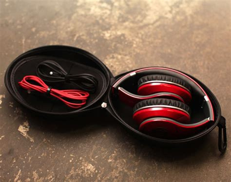 Beats By Dre Giveaway - giveaway beats studio by dr dre freshness mag