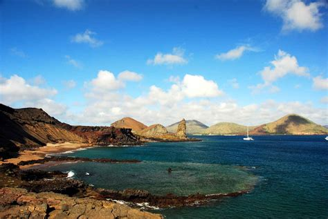 Isla Bartolome   leticia hughes