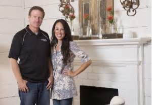 apply to fixer upper hgtv fixer upper stars planning move to downtown waco