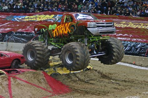 monster truck show cleveland ohio themonsterblog com we know monster trucks monster