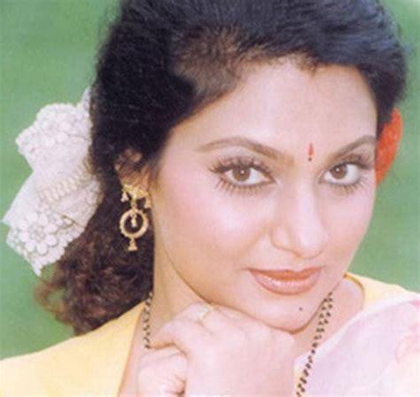 biography of film actress madhavi madhavi tamil hot actress biography hot photos videos