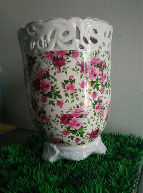 Vas Bunga Keramik Buku Hitam jual vas bunga keramik vintage 22cm toko riau