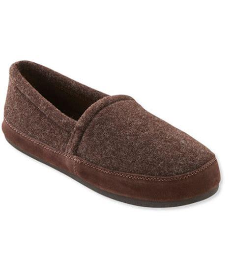 llbean mens slippers s fleece mountain lodge slippers heathered free