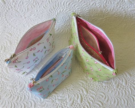 pattern for a zippered pouch double zippered pouch pattern