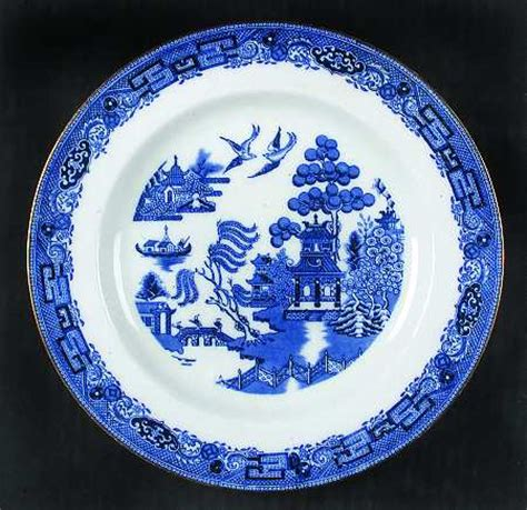 willow pattern with gold trim wedgwood willow blue bone gold trim at replacements ltd