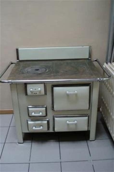 Microwave Merk Electrolux nieuw houtgestookt fornuis met cv ondersteuning antieke fornuizen stove stove