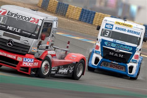 of trucks racing free racing trucks pictures from european truck racing