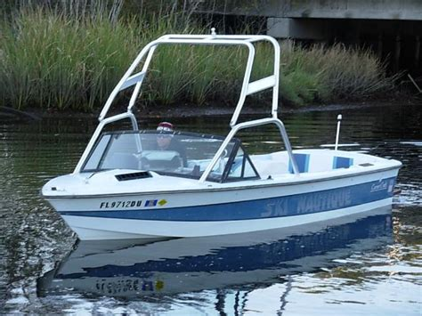 nautique boats hat ski nautique 2001 like the tower flows well with the