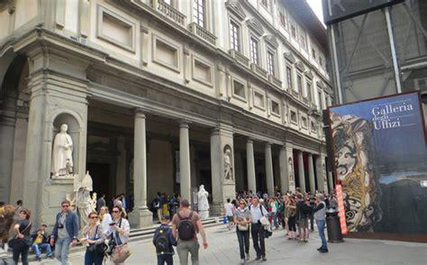 firenze uffici uffizi gallery florence vasari corridor visiting information