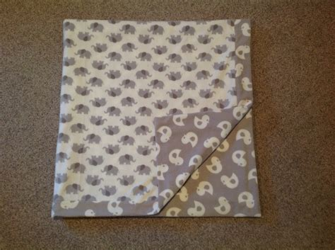 Baby Quilt Binding by Self Binding Baby Blanket Using This Great