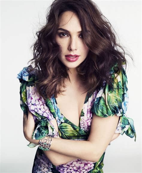 gal gadot gal gadot photoshoot for marie claire 2017