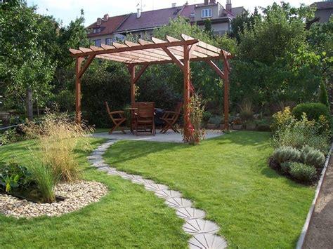 piastrellare giardino arredi da esterno accessori da esterno scegliere l