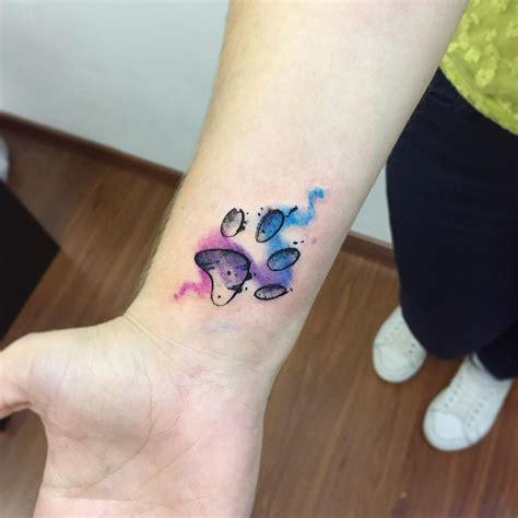 huella mascota estilo acuarelas tatuajes para