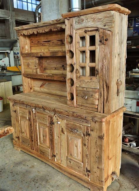 arredamenti legno 17 migliori idee su arredamento antico cucina su