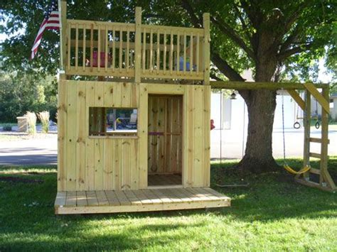 Backyard Clubhouse Ideas 25 Best Ideas About Clubhouse On Pinterest Forts For Simple Playhouse And Backyard