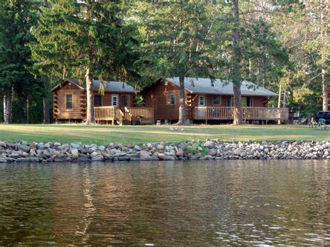 Lakeside Cabins by Cabins