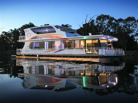 house boats murray houseboats the murray victoria australia