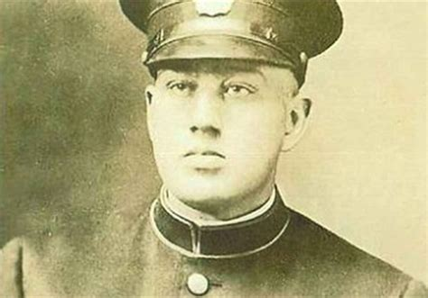 Mba U Of M Flint by Poisoned Mich Cop Honored 90 Years After News