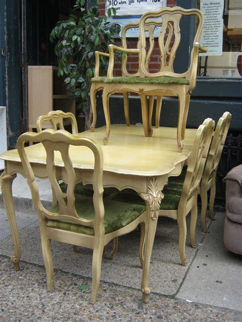 uhuru furniture collectibles provincial dining