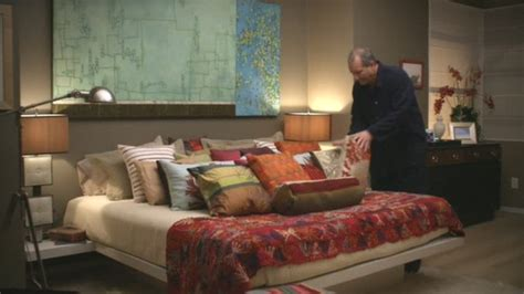 haley dunphy bedroom modern family three funny families and their three fab houses