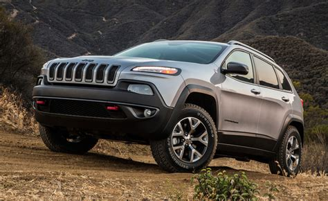 airbag deployment 2011 jeep liberty auto manual jeep cherokee recalled for airbag issue 187 autoguide com news