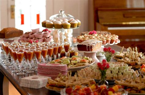 food bar ideas for wedding reception that will make everybody happy