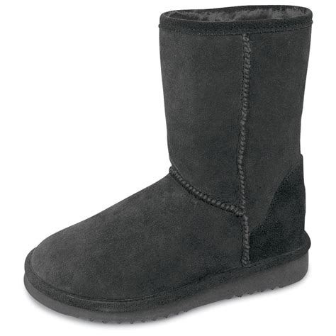 boots for pugs s minnetonka 9 quot classic pug boots 141689 slippers at sportsman s guide