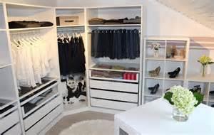 begehbarer kleiderschrank dachschräge ikea funvit wohnzimmer gem 252 tlich grau wei 223 braun