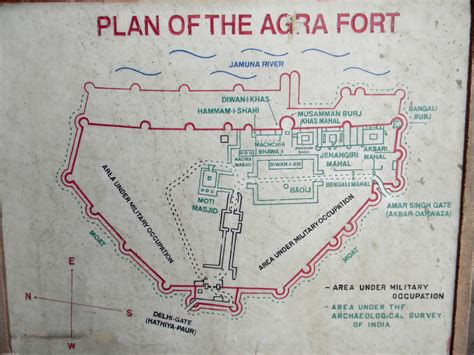 layout plan of red fort 10 interesting facts about agra fort
