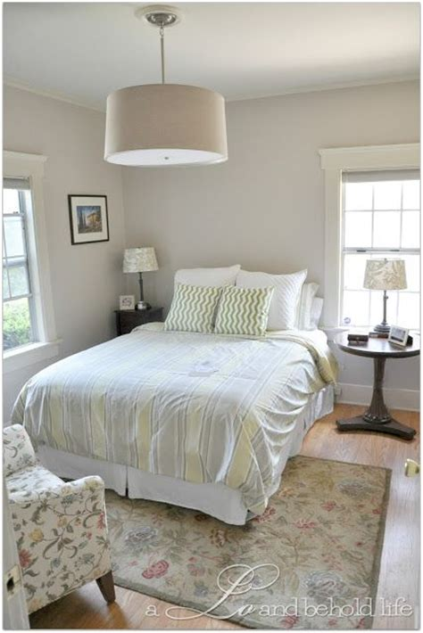 taupe paint colors bedrooms smokey taupe taupe benjamin moore and bedrooms