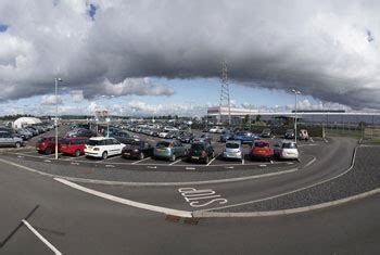 car ride to airport glasgow airport park and ride convenient and cost effective