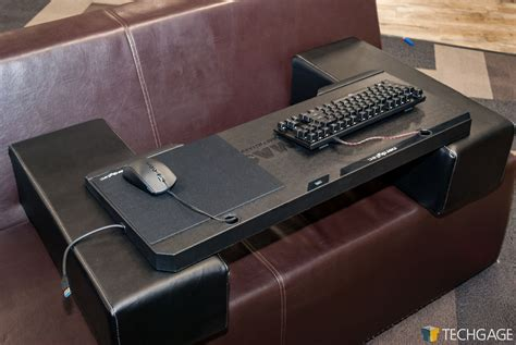 pc gaming on the couch the master of pc gaming on the couch a review of the