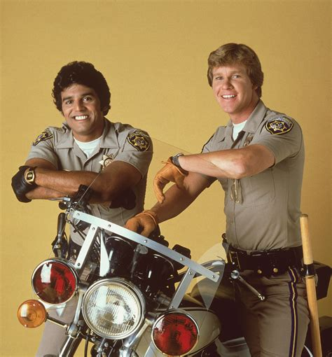 Serie Mit Motorrad Cops chips images chips hd wallpaper and background photos