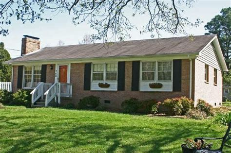 brick home  spacious screened porch ranch style