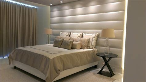 Floor To Ceiling Headboards by 17 Beautiful Bedrooms With Floor To Ceiling Headboard