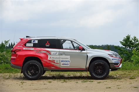2015 mitsubishi rally car mitsubishi outlander phev baja race car 2015