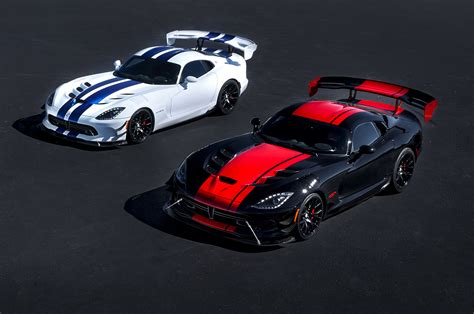 2017 dodge viper reviews and rating motor trend dodge viper 2017 gts best new cars for 2018