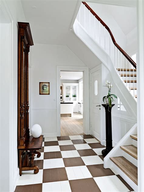 checkered and painted floor brown and white