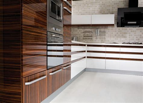 high cabinet kitchen 25 best ideas about high gloss kitchen doors on pinterest