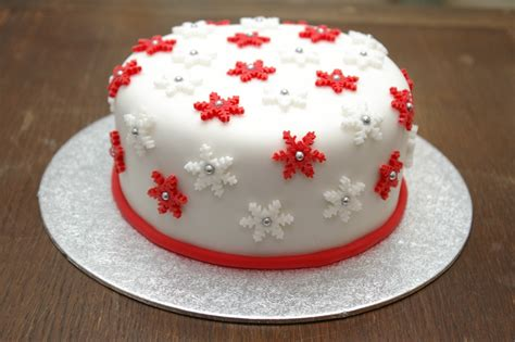 christmas cake janehuntley page 2