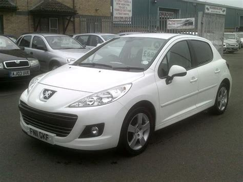 white peugeot for sale used 2011 peugeot 207 hatchback 1 6 hdi 92 sport diesel
