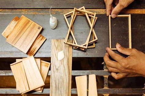 membuat kerajinan kayu pengertian kerajinan ngelmu