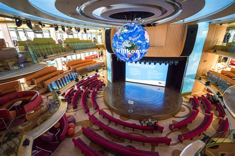 aidaprima theatrium erste eindr 252 cke bord der aidaprima cruise