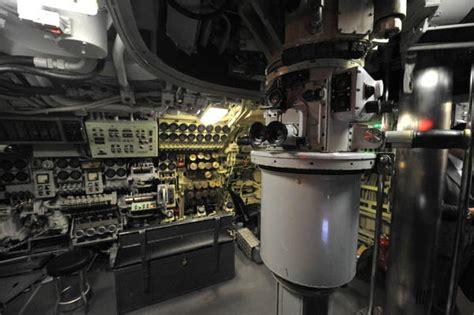interno di un sommergibile a genova il primo sottomarino museo nelle regioni in
