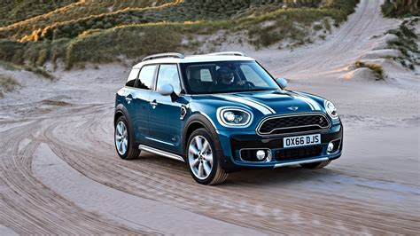 mini countryman review top speed
